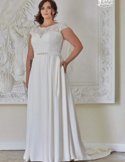 Robe de mariée grande taille boutique Elie Pour Elle à Cosne sur Loire